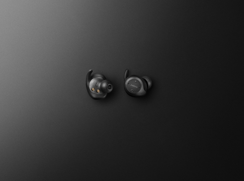 Jabra Elite Sport product adshot 1up earbuds
